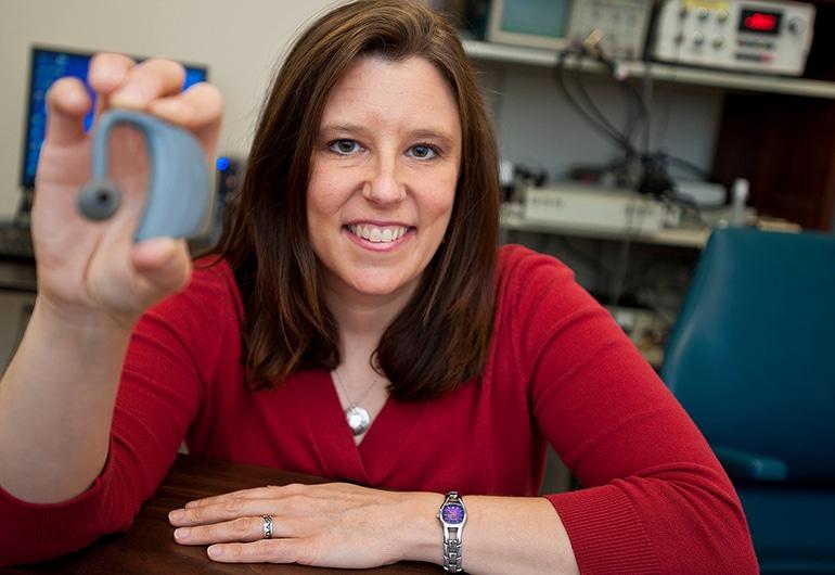 Ново устройство подобрява речта на хората с Паркинсон | ✅ Д-р Стоян Арнаудов - Ортопед | Травматолог ⭐️